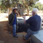 Bill Edwards chatting to Moua at the Biodigester